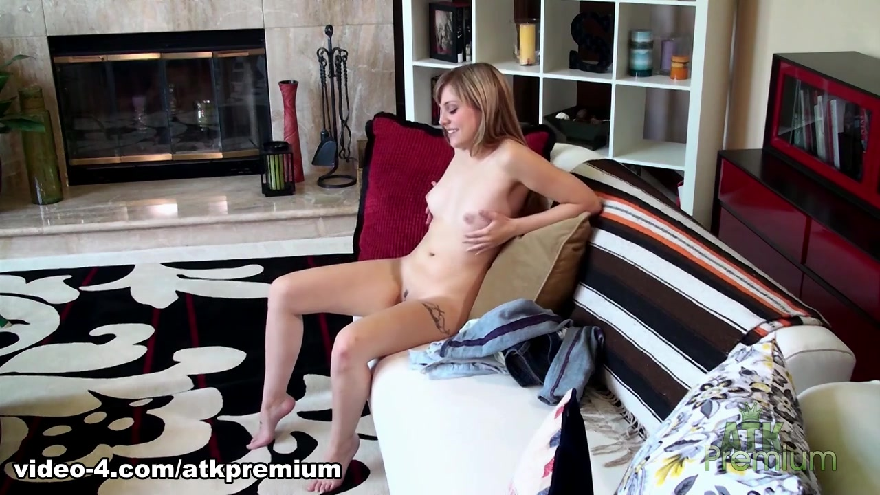 Amazing pornstar in Horny Casting, Solo Girl sex clip