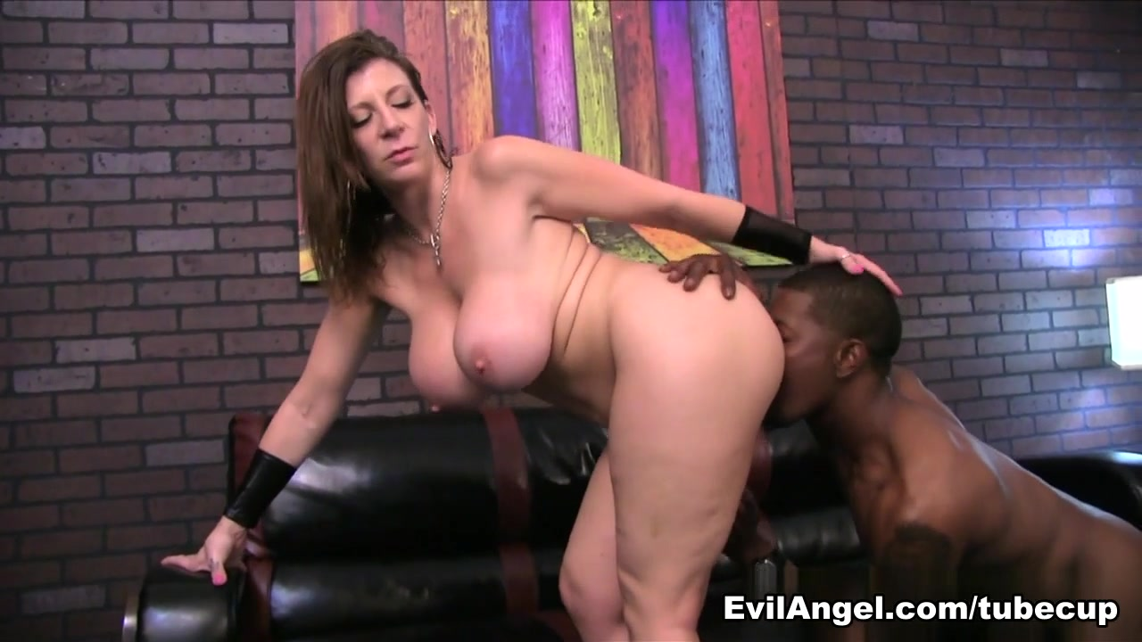 Exotic pornstars Manuel Ferrara, Isiah Maxwell, Abella Danger in Amazing Big Ass, Interracial xxx movie
