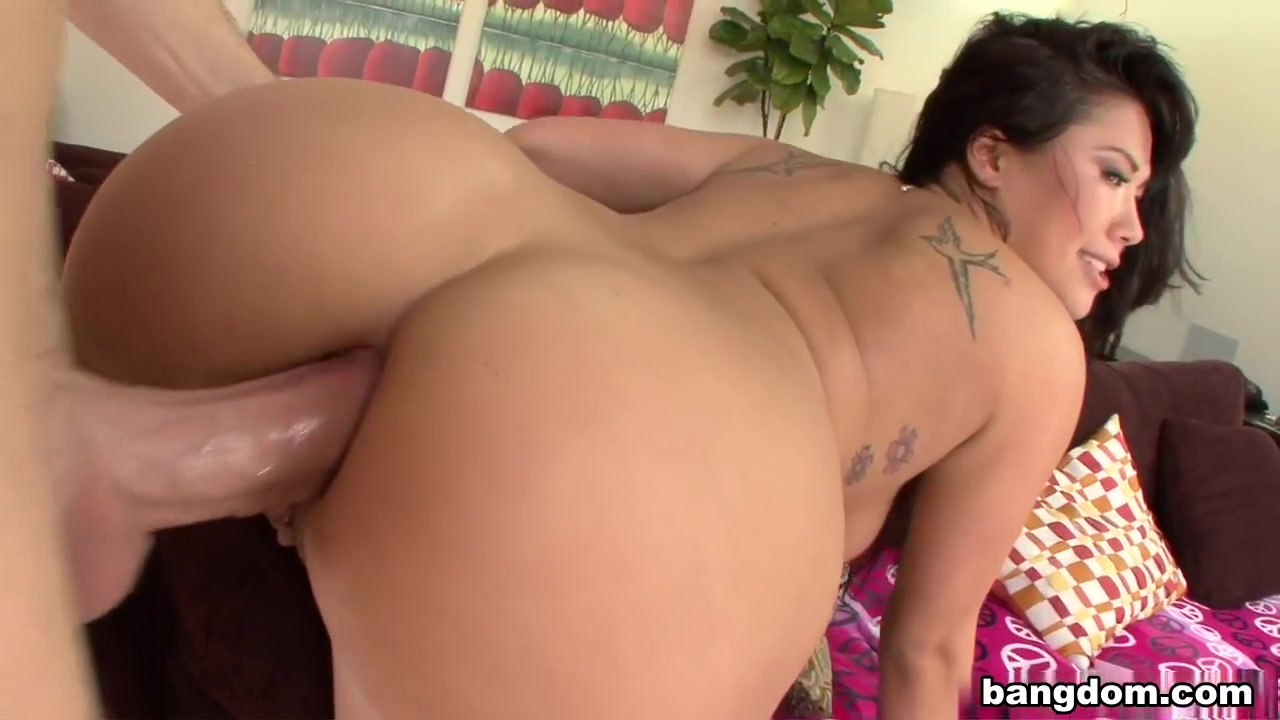 London Keyes loves anal