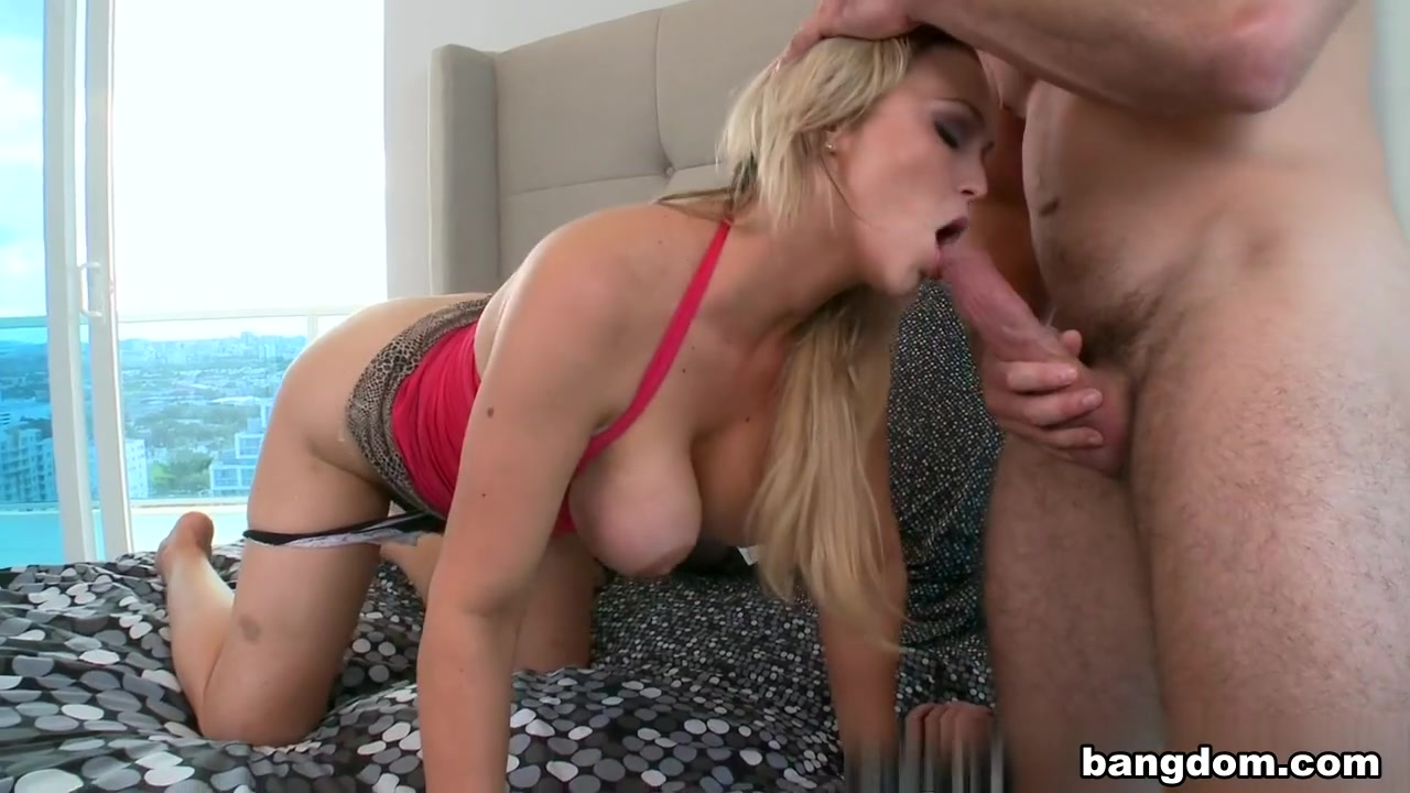 Abbey Brooks in Porn chicks are the best
